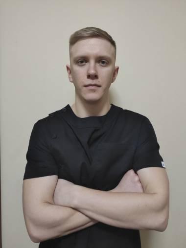 Массажист Киева Илья