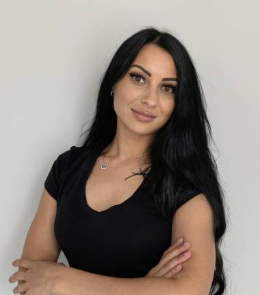 Массажист Марина
