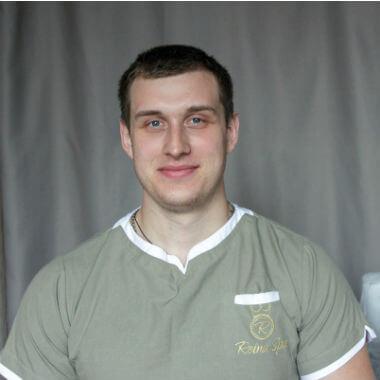 Массажист Киева Андрей Студия Михаила Гузь