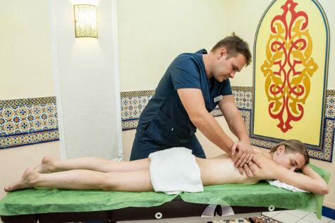 Профессиональные курсы массажа в Киеве