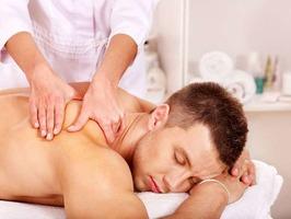 Лучший подарок мужчине - подарочный сертификат на массаж