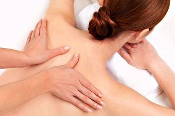 Можно ли делать массаж при грыже позвоночника??