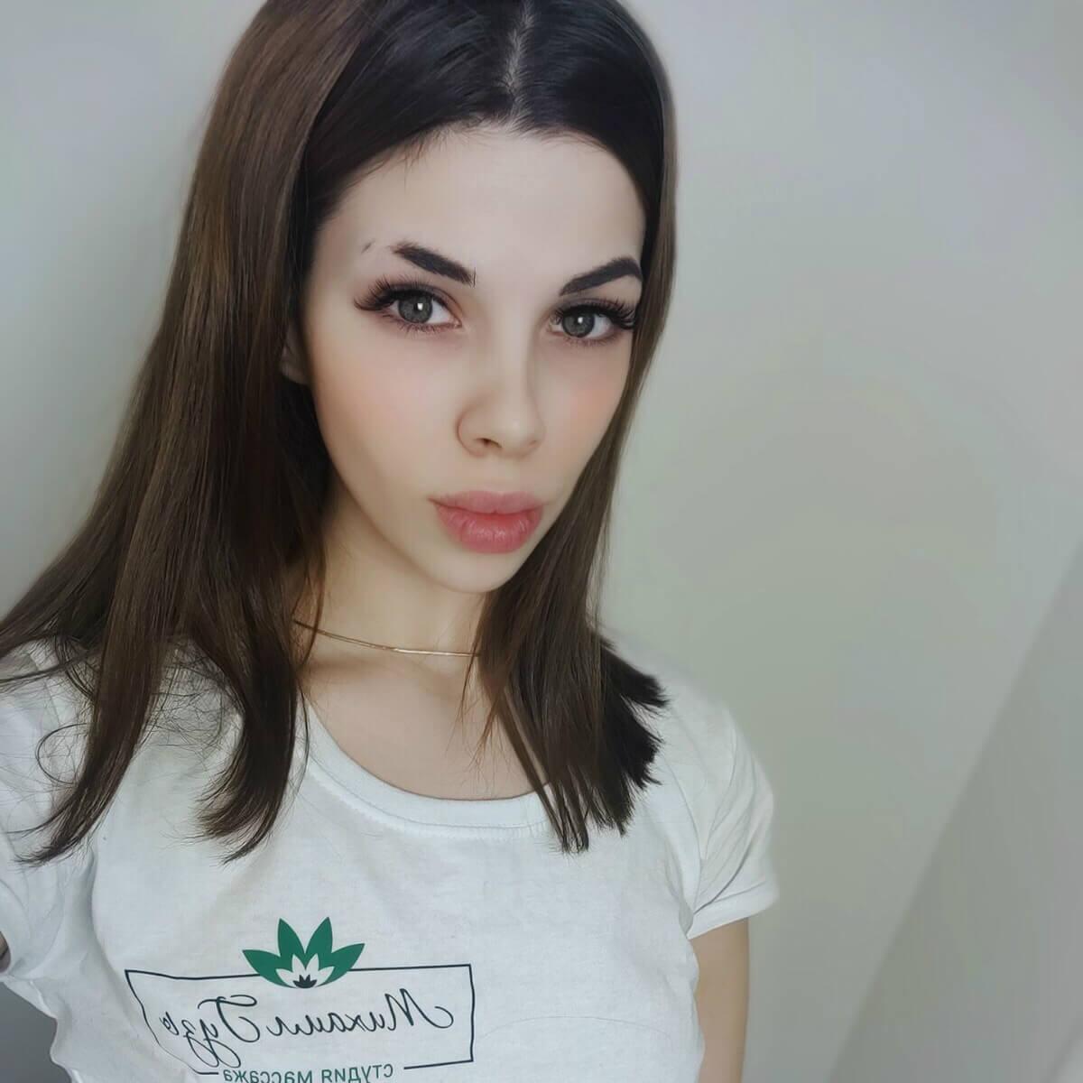 массажистка киева Алена, студия михаила Гузь