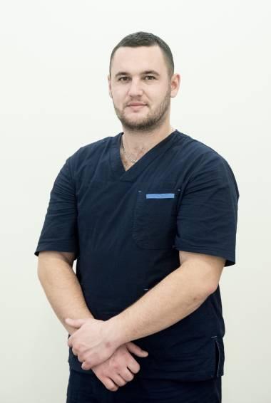 Массажист Антон