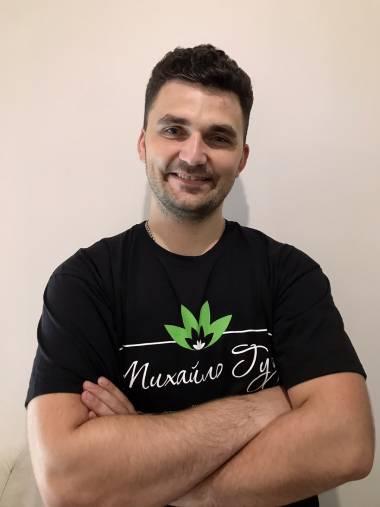 Массажист Николай